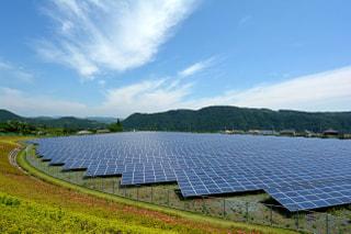 「低圧」と「高圧」の太陽光発電はどう違う?個人は何を選べば良いの?