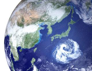 台風リスクを解説|太陽光発電を始める前に知りたい対策・保険について